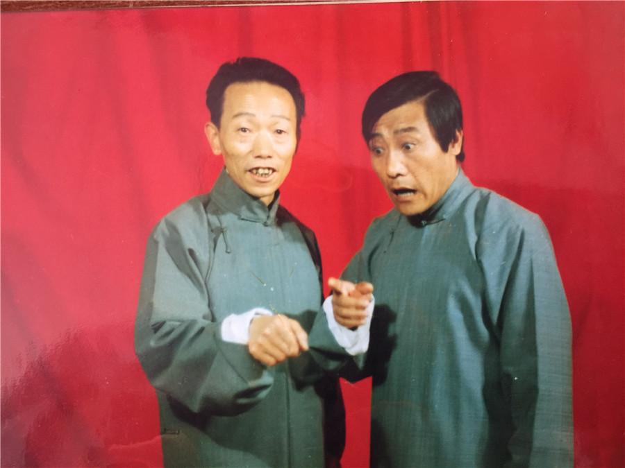 史英潭老师1986年与王文进先生《烟害》演出剧照.jpg